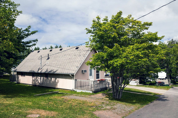 Ceilidh Cottages and Campground