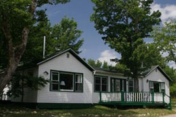 MacPherson House Suites